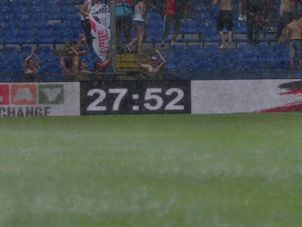 Nach rund 28 Minuten war die Partie zu Ende wegen zu starken Regens