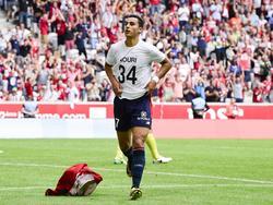 Anwar el Ghazi heeft gescoord voor Lille en toont zijn steunbetuiging aan Abdelhak Nouri. (06-08-2017)