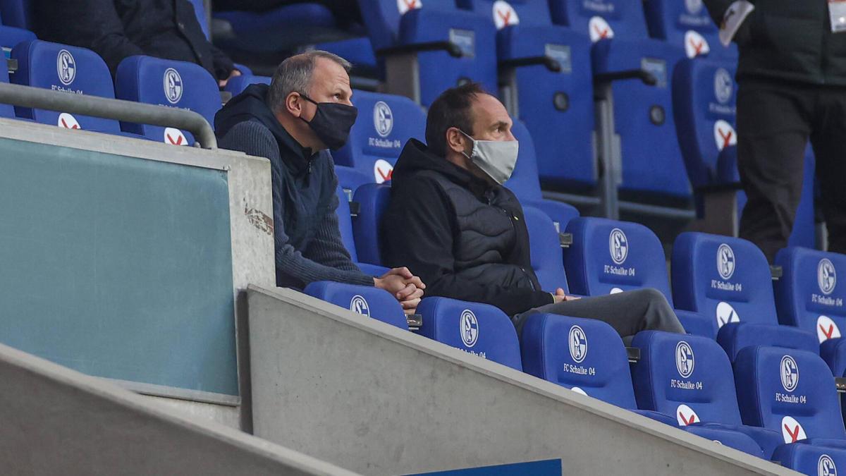 Greifen beim FC Schalke 04 durch: Jochen Schneider (l.) und Alexander Jobst