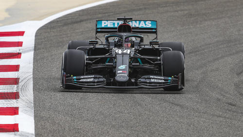 Lewis Hamilton hat im ersten Freien Training die Bestzeit gesetzt