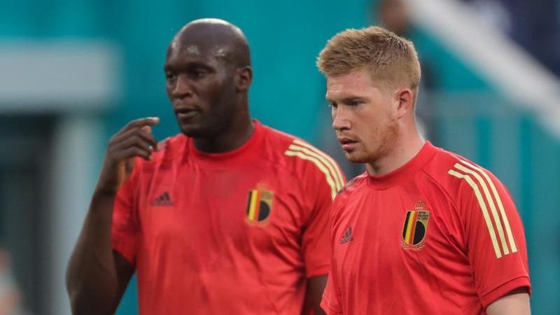 Kevin De Bruyne (r.) trifft mit Belgien auf Portugal