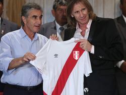Ricardo Gareca a la derecha en una imagen de archivo. (Foto: Getty)