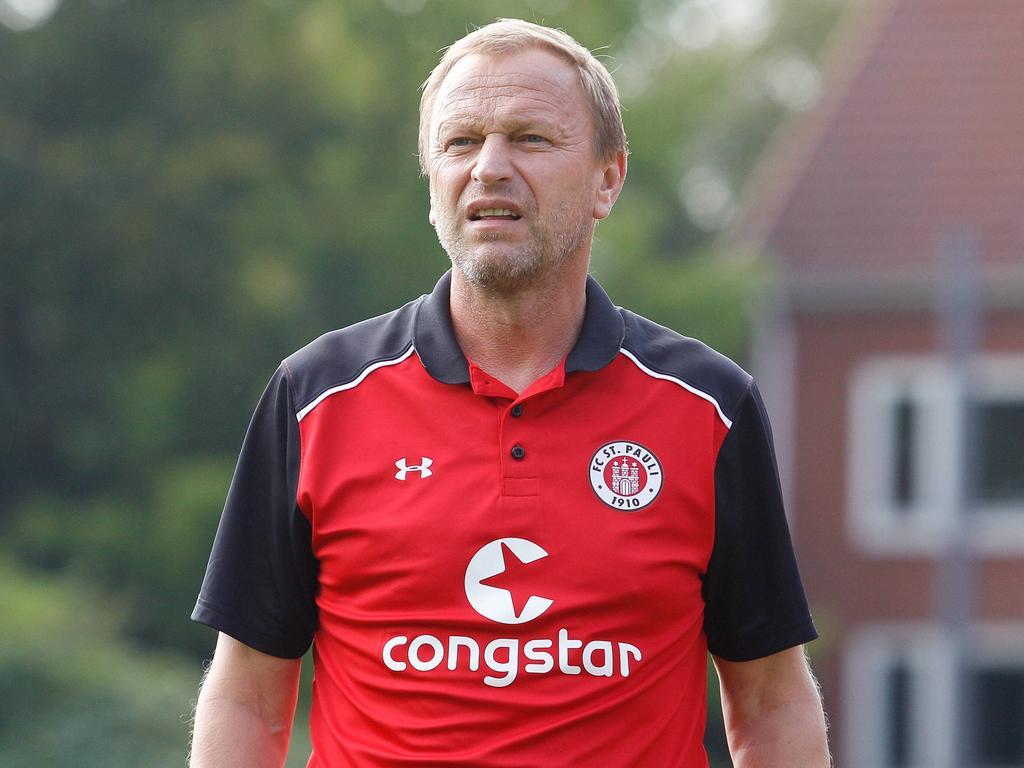 U23-Trainer Joachim Philipkowski bleibt St. Pauli treu