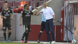 Achim Beierlorzer (r.) punktete mit Mainz 05 beim 1. FC Köln