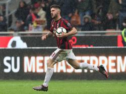 Lässt potenzielle Interessen wohl im Regen stehen und bleibt in Mailand: Patrick Cutrone