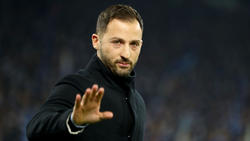Domenico Tedesco verteidigt die Degradierung von Ralf Fährmann beim FC Schalke