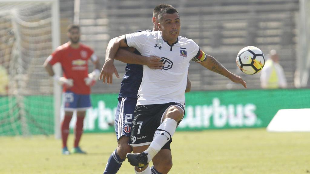 Llegó a 216 goles en el campeonato chileno.