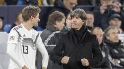 Holt Joachim Löw (r.) Bayern Münchens Thomas Müller zurück?