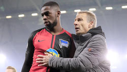 Jordan Torunarigha (l.) sah auf Schalke die Gelb-Rote Karte
