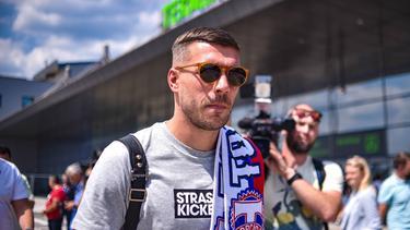 Lukas Podolski spielt in der Nähe seines Geburtsortes
