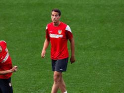 Manquillo estira en un entrenamiento con el Atlético de Madrid. (Foto: Getty)