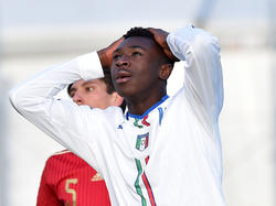 Moise Kean luciendo la elástica de la selección italiana Sub-17. (Foto: Getty)