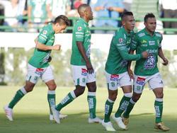 Los jugadores del León celebran un tanto. (Foto: Getty)
