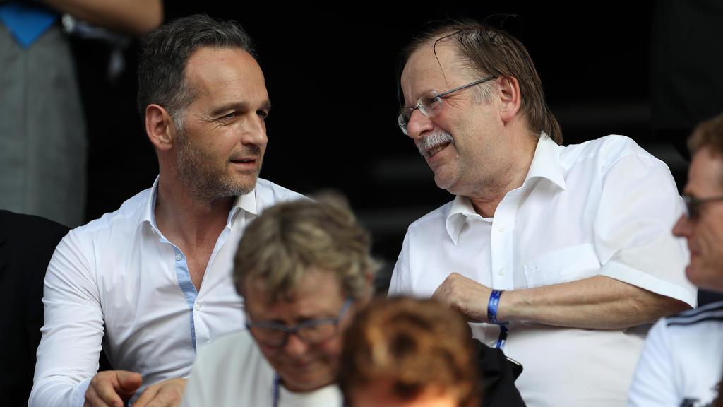 Lobt die deutschen Fußballerinnen: Rainer Koch (r.)