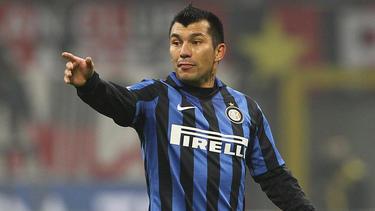 Medel con la camiseta del Inter en 2016.
