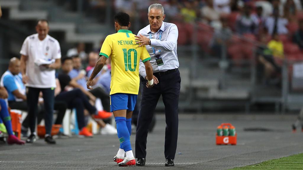 Neymar musste beim Freundschaftsspiel gegen Nigeria verletzt ausgewechselt werden