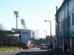 Dundee Derby: Für die Kicker vom FC (rechts) geht's bergab zu United