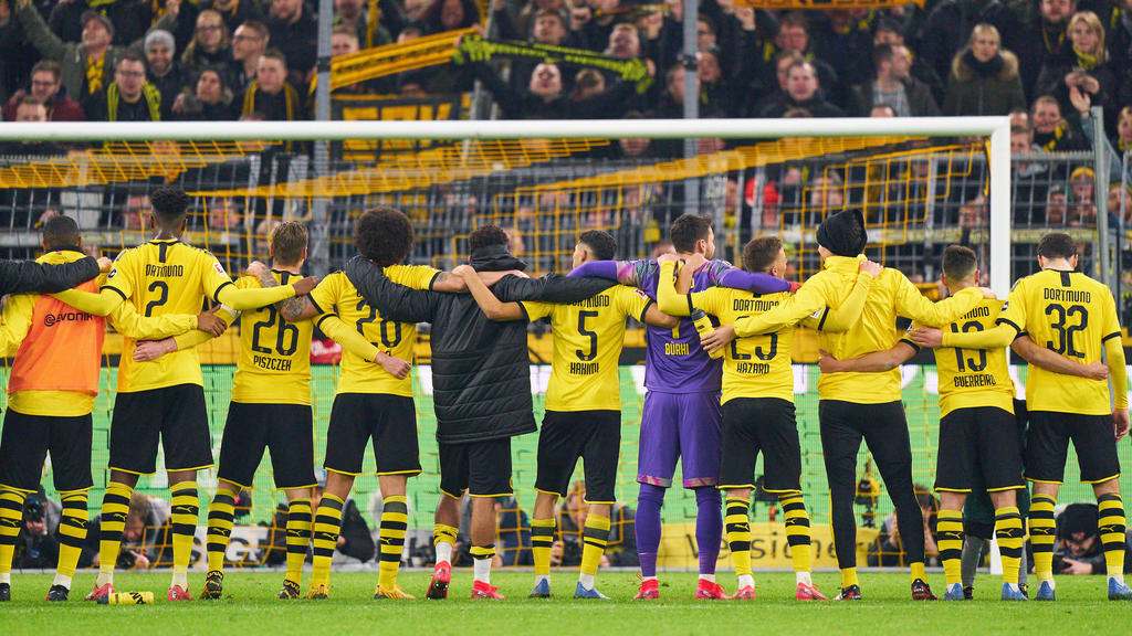 Champions League News Dortmund S Yellow Wall The Gigantic Monster Lying In Wait For Psg