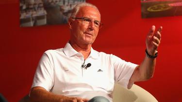 Franz Beckenbauer sieht im Meisterkampf keinen Favoriten