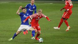Schalke mit seinem Kapitän Sead Kolasinac (l.) holte nur ein 0:0 gegen Mainz