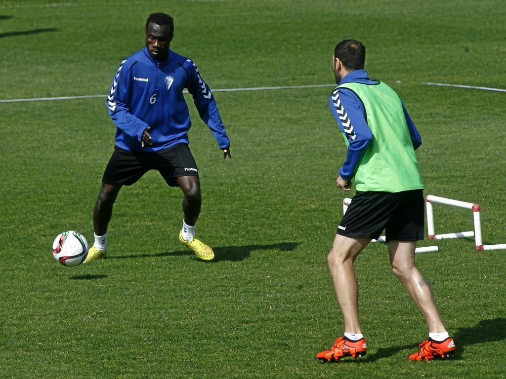Nana Asare, jugador del Cádiz, en un entrenamiento reciente. (Foto: Imago)