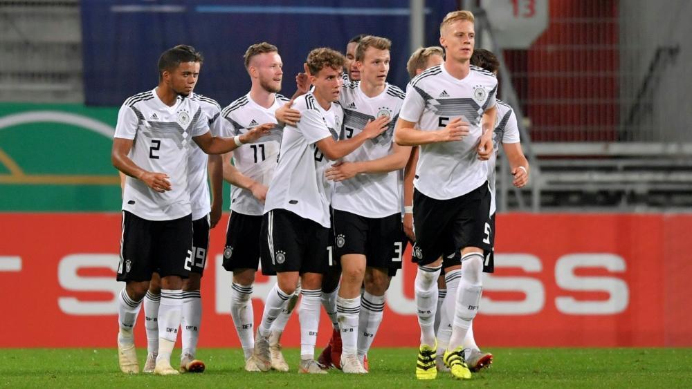 Deutschland ist mit Italien und England gesetzt