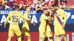 Los jugadores del Barcelona celebran el gol de Ansu Fati.