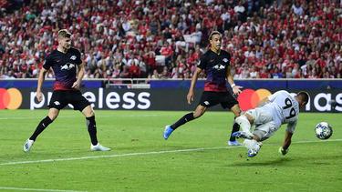 Timo Werner (l.) schraubte seine persönliche Champions-League-Bilanz auf fünf Tore in sieben Spielen