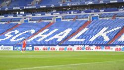 Noch ist unklar, ob das Spiel des FC Schalke gegen Werder Bremen vor Zuschauern ausgetragen wird