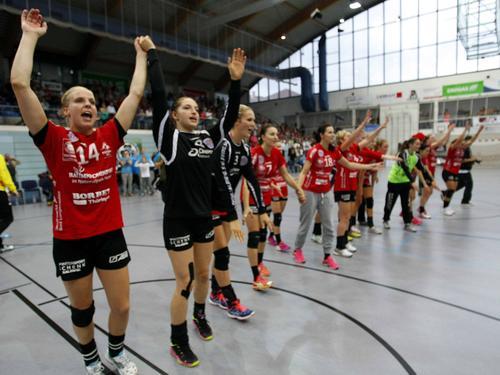 Meister Thüringer HC feiert auch den Gewinn des Supercups