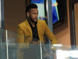 Neymar vio desde el palco el encuentro ante Argentina.