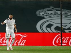 Benzema celebra uno de sus tantos en el Alfredo di Stéfano.