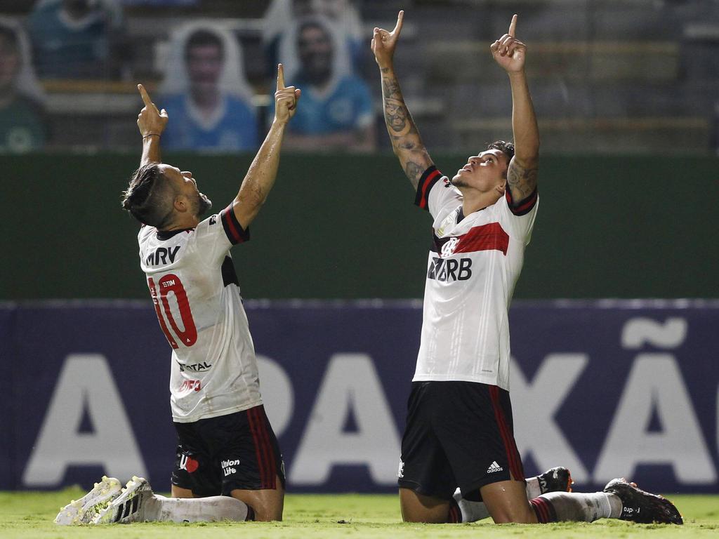 Flamengo sigue a lo suyo en busca del liderato.