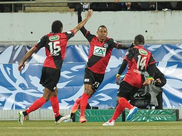 Christophe Mandanne celebra su gol para el Guingamp. (Foto: Imago)