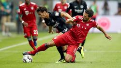 Mats Hummels vom FC Bayern hätte im Supercup die Rote Karte sehen müssen