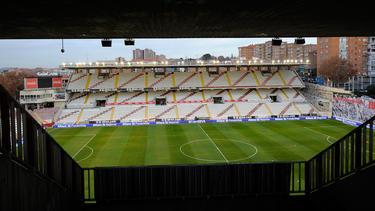 El Campo de Fútbol de Vallecas podría quedarse cerrado hasta octube. (Foto: Getty)