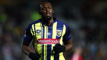 Usain Bolt quiere convertirse en futbolista profesional. (Foto: Getty)