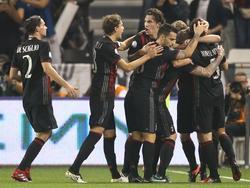 El Milan celebra el título sobre el césped del Jassim Bin Hamad Stadium. (Foto: Getty)