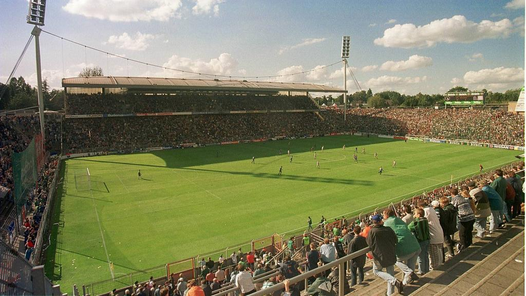 Ein Blick auf das Stadion am Bökelberg aus alten Zeiten