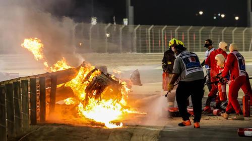 Einer der Marshals kam mit einem Feuerlöscher zu Hilfe