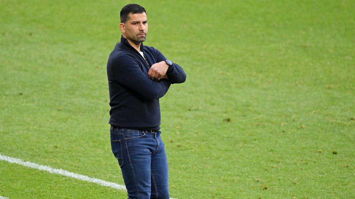 Bleibt Dimitrios Grammozis nun doch Trainer des FC Schalke 04?