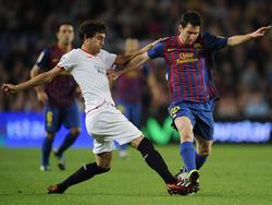 Youngster José Campaña (l.) gegen Lionel Messi (r.)