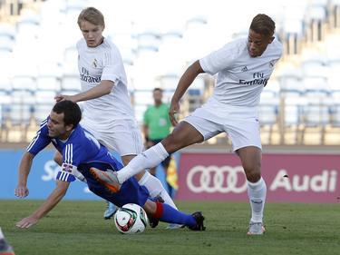 Los hombres de Zidane no pasaron del empate a uno en casa contra el Amorebieta. (Foto: Imago)