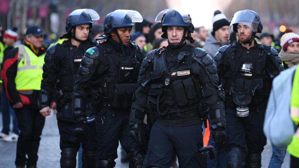 Die französische Polizei ist derzeit voll ausgelastet