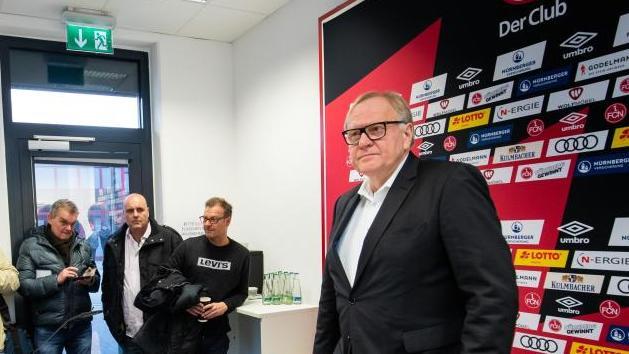 Thomas Grethlein, Aufsichtsratsvorsitzender des 1. FC Nürnberg, informiert über den aktuellen Stand nach der Entlassung des Sportvorstands und des Trainers