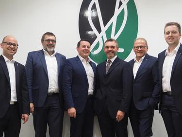 Der neue Vorstand der SV Ried – DI Andreas Leithner, Ing. Günter Benninger, Roland Daxl, Dr. Karl Weinhäupl, Karl Wagner und Thomas Gahleitner (von links)