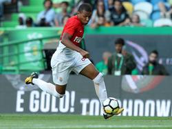 Kylian Mbappé sigue perteneciendo al Mónaco por el momento. (Foto: Getty)