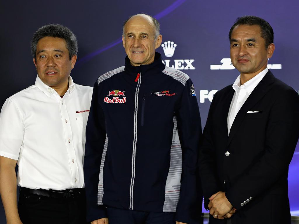 Franz Tost (M.) vertraut auf Honda-Motorsportchef Masashi Yamamoto (r.)