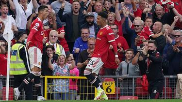 Cristiano Ronaldo (l.) traf doppelt bei seiner Manchester-Rückkehr