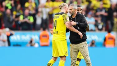 Marco Rose (r.) mit BVB-Superstar Erling Haaland